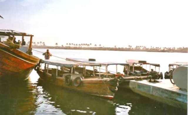 El Tigris i l'Eufrates s'ajunten poc abans d'Al Basra i formen Shat al Arab (foto 2002)