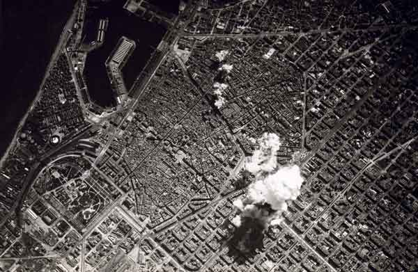 Bombardejos sobre Barcelona, març 1938