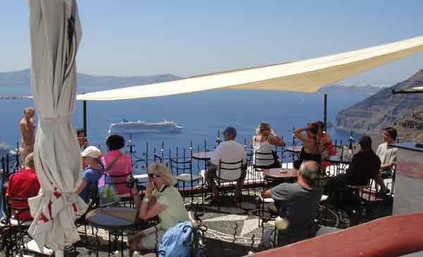 Turistes a Fira, Santorini