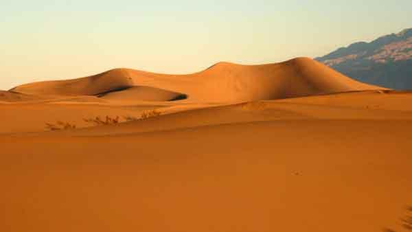 Death Valley. Mesquite sand dunes