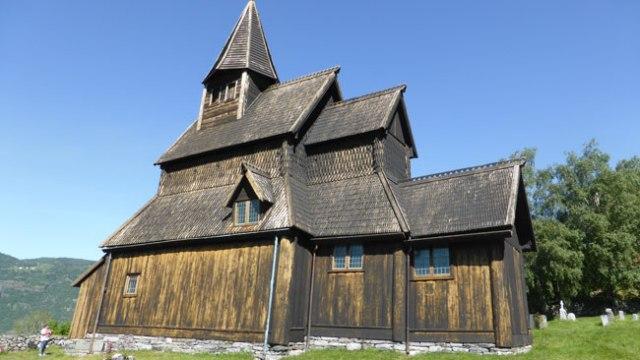 Urnes church