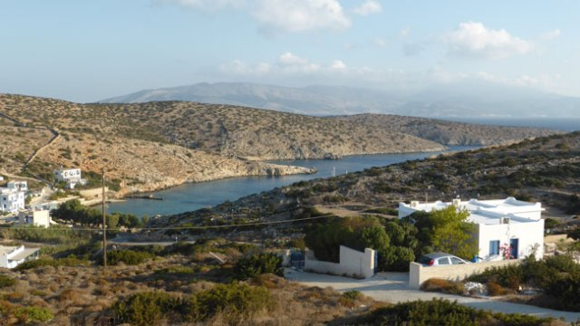 Agios Giorgos. Iraklia Vistes des de Agnadema