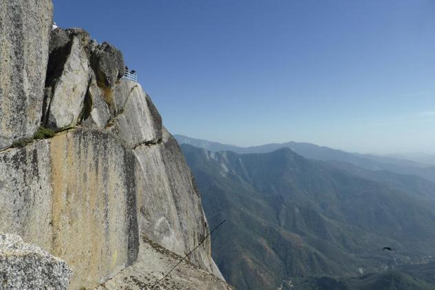 sequoia national parck. Moro rock