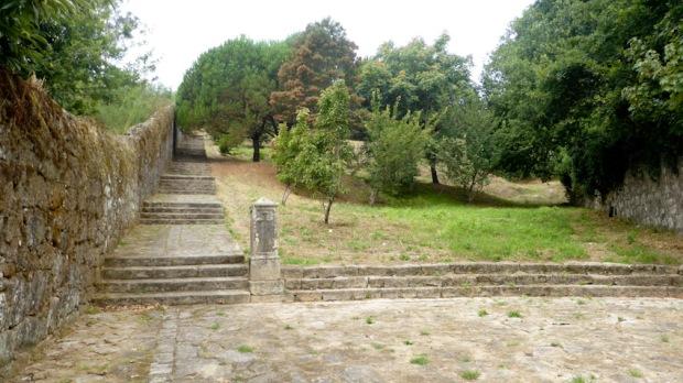 Escales per pujar a Santiaguiño do Monte. Padron