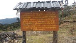 Cartell en llengua dzongkha