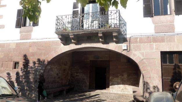 Elizondo. C/Braulio Iriarte Portal casa