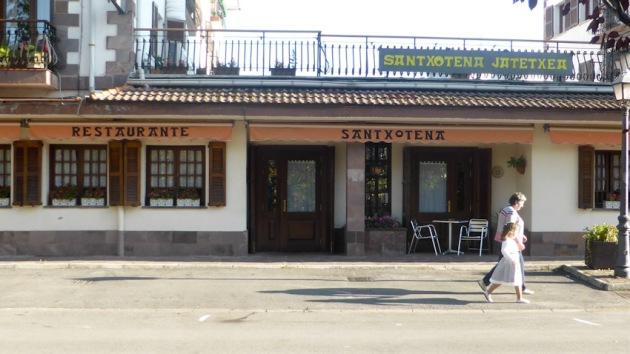 Elizondo. Restaurant Santxotena