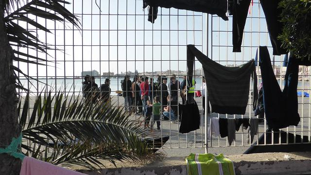 Refugees Chios port