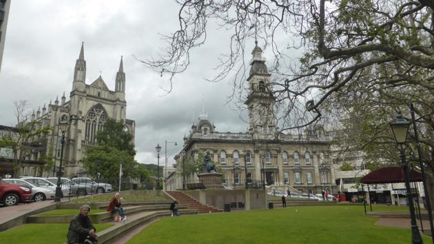 Dunedin. Els Comuns i catedral