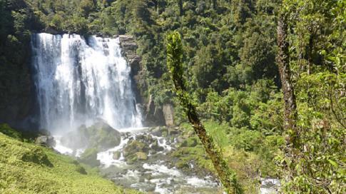 cascada-marokopa