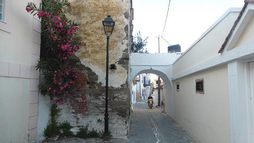 inusses grecia